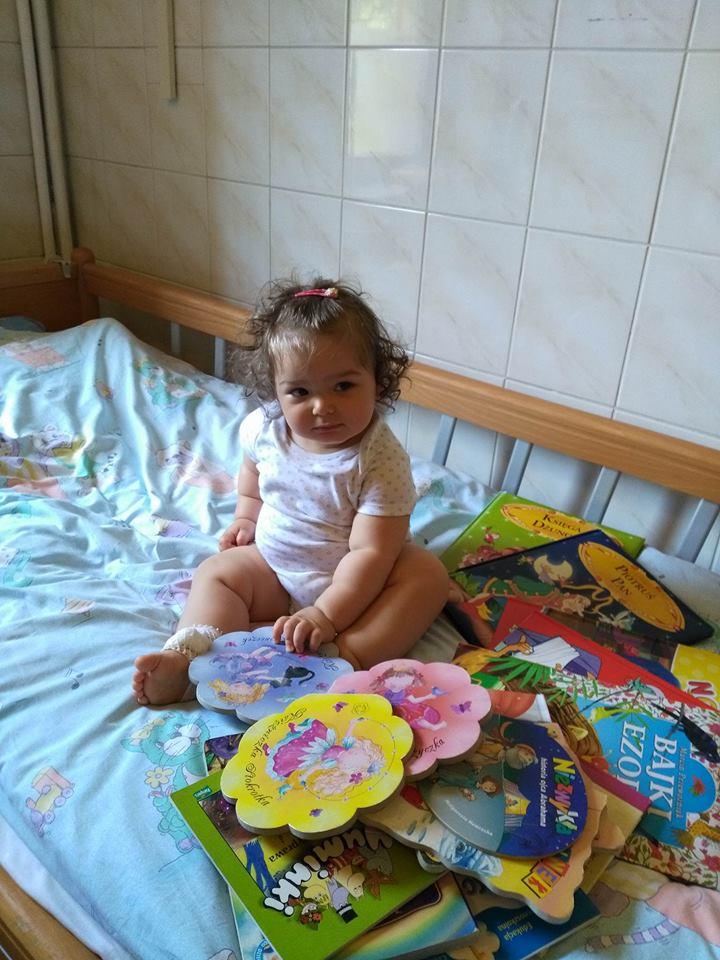 Swiebodzice_Dzieci dostały ksiazeczki
